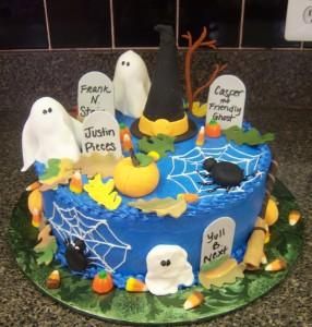 Happy Halloween - blue buttercream