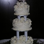 Leaf Lace with cream roses